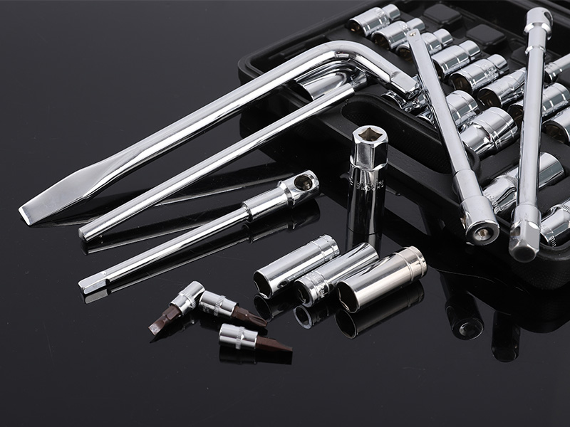 What are the specifications of socket wrenches?
